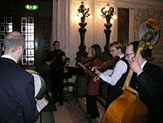 Folkmusikgruppen Bo-laget spelade hälsingelåtar signerade Bo Karlsson.