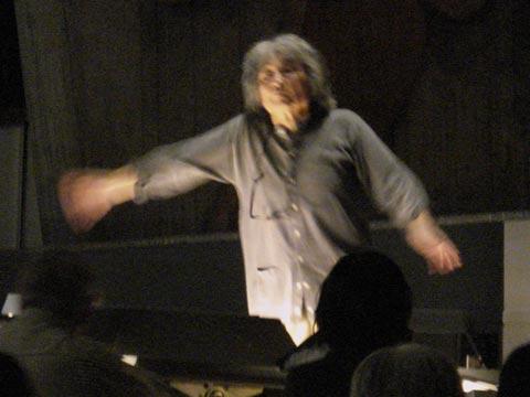 Seiji Osawa dirigerar nästan alltid utantill.