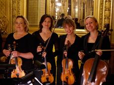 Stråkkvartett ur Hovkapellet: Jannica Gustafsson, Anna Petry, Emilie Hörnlund och Kati Raitinen